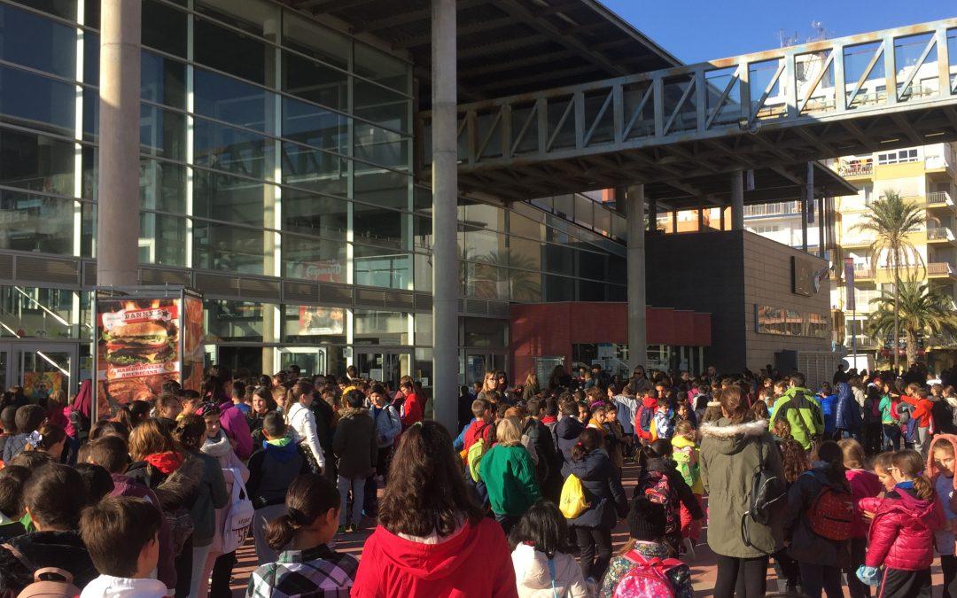 Èxit de participació en les cinc projeccions de cinema d'Escola Valenciana a Castelló