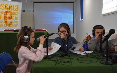 La RadioEscola: el viatge a través de la veu