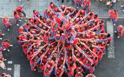 La Federació Coordinadora de Muixerangues, guardonada amb el premi a l'Ús Social del Valencià d'Escola Valenciana
